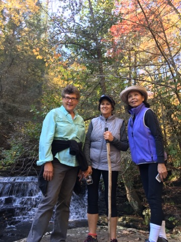 3 Ladies hiking